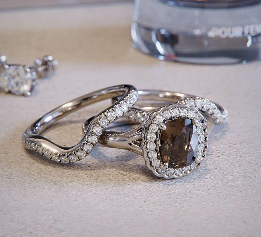 Champagne diamond cluster set